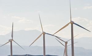 Laâyoune se dote de deux parcs éoliens