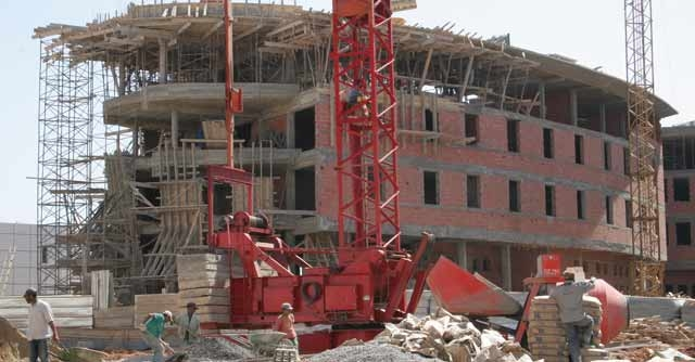 Le HCP note le bâtiment : Perte de tonus au 3ème trimestre