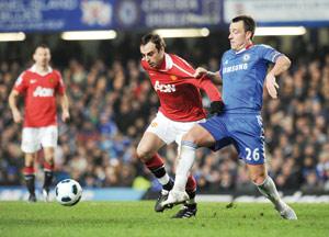 Chelsea entretient le suspense en battant MU