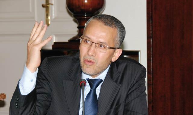 Laâyoune : Choubani pris à partie par les diplômés chômeurs