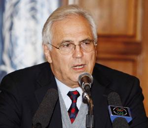 Christopher Ross pousse le Maroc et l'Algérie à mettre de côté l'affaire du Sahara