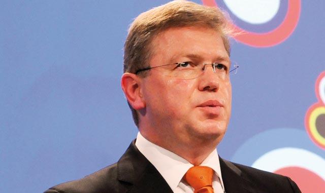 Pour soutenir les réformes socio-économiques : L Union européenne met  110 millions d euros sur la table