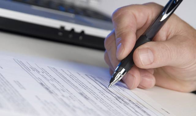 contrat-travail-cdd-2013-10-08