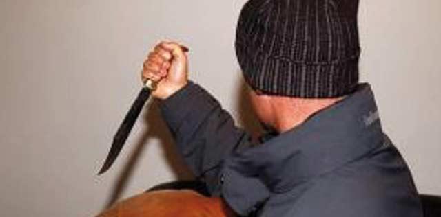 Faits divers : Un jeune homme mortellement poignardé à Khénifra