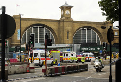 Londres : L'enquête se poursuit