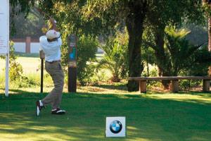 L'automobile et le golf : une belle association d'images
