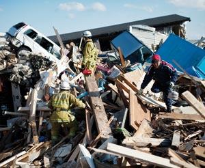 Le séisme pourrait coûter plus de 200 milliards d'euros au Japon