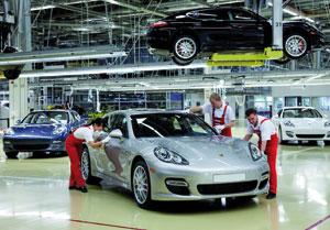 Porsche verse une prime de 1.700 euros à ses salariés