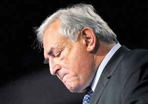 France : Sarkozy apparaît renforcé par les déboires de DSK