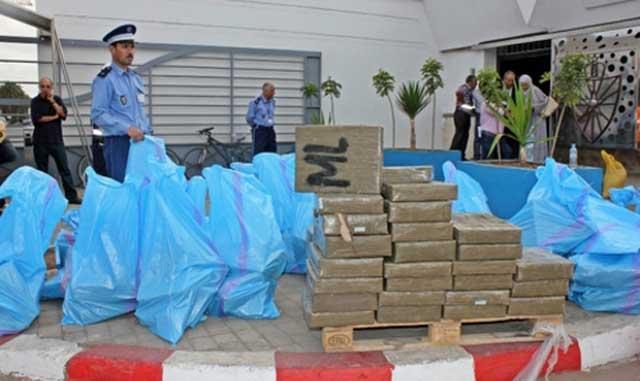 Incinération de plus 9,5 tonnes de chira à Casablanca