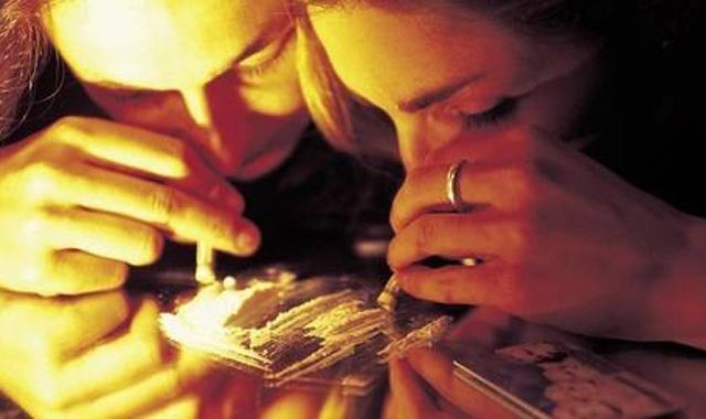 Des étudiants consommateurs et trafiquants de drogue