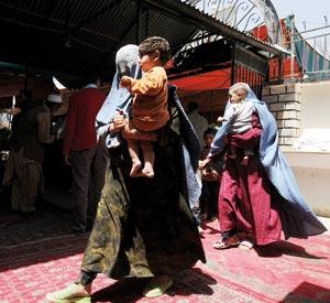 Beaucoup d'Afghans confondent démocratie et fornication