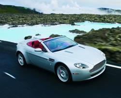 Un roadster pour Monsieur Bond