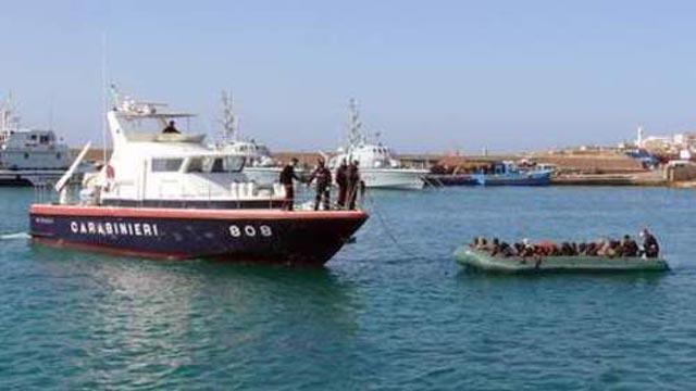 Espagne: 50 clandestins subsahariens repêchés par la Garde Civile