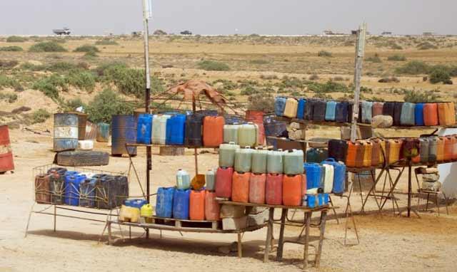 Province de Taza: saisie de 2 tonnes d'essence de contrebande en provenance d'Algérie