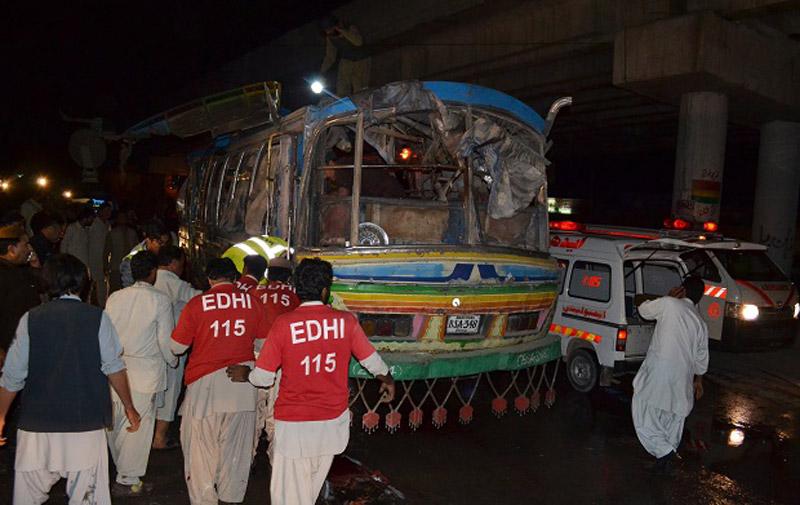 Pakistan : Au moins onze morts dans l'explosion d'un bus Pakistan