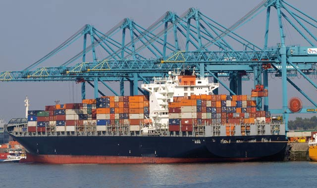 Le Maroc modère son déficit commercial