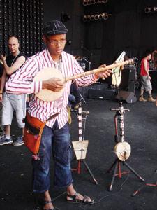 Le Jimi Hendrix du Ribab