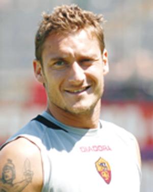 Mondial-2010 : Totti laisse la porte entrouverte à un retour en sélection