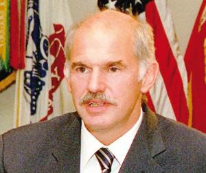 Grèce : Papandreou présente un nouveau plan
