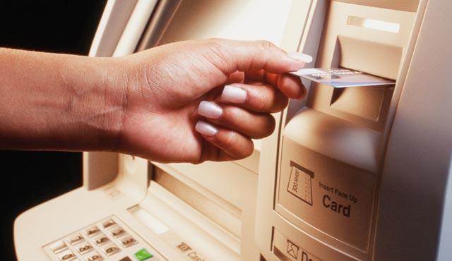 Densification du réseau bancaire : 334 guichets  additionnels  à fin 2012