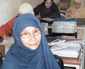 La volonté juvénile d'une femme de 74 ans