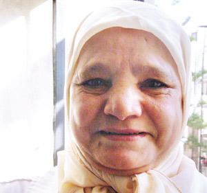 Des métiers et des gens : Hajja Fatéma : le ménage et ses soins