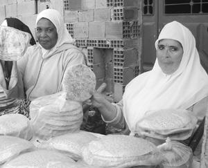 Portrait : Hajja Fatna : La vendeuse de pain