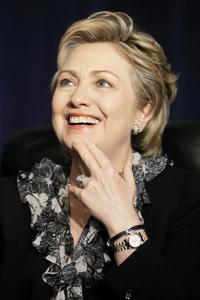 Hillary Clinton redoute une «dictature militaire» en Iran