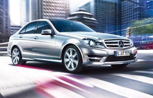 Mercedes Classe C : Les yeux revolver