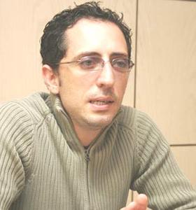 El Maleh : «Hors scène, je suis malheureux»