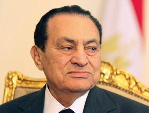 Printemps arabe : Moubarak, l'ancien maître de l'égypte au banc des accusés