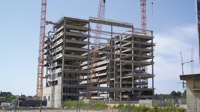 Avec un chiffre d affaires consolidé en quasi-stagnation : L immobilier s essouffle  en 2012