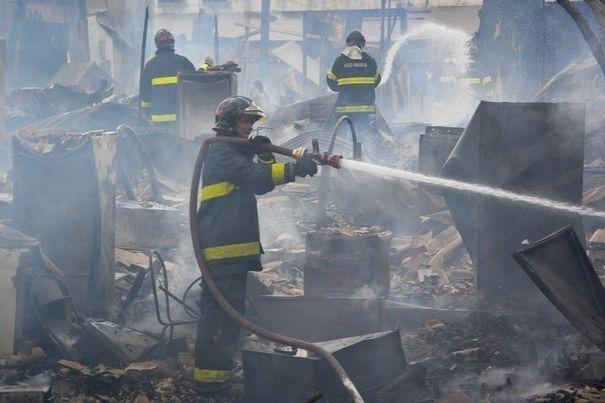 Incendie dans une discothèque au Brésil : au moins 245 morts et 200 blessés