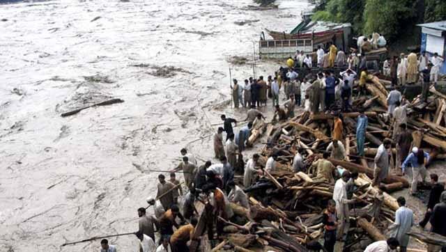 Pakistan: Plus de 26 morts dans des inondations de la mousson