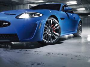 Jaguar XKR-S : Plus vite, plus haut, plus fort…
