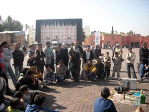 Place Jamaâ El Fna : Les conteurs montent au créneau
