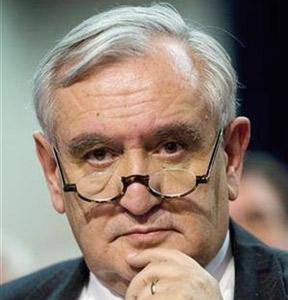 France : Jean-Pierre Raffarin, le poil à gratter de la majorité