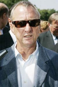 Cruyff hésite sur la candidature belgo-néerlandaise