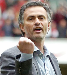Transfert : Mourinho dément des contacts avec le Real Madrid