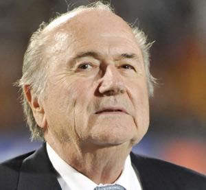 Allemagne : Hoeness fustige le soutien de la Fédération à Blatter
