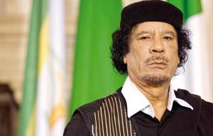 Libye : Kadhafi ordonne la libération des journalistes arrêtés