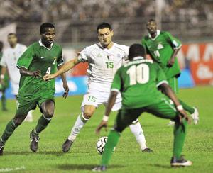 Les rues d'Alger envahies après la victoire face à la Zambie