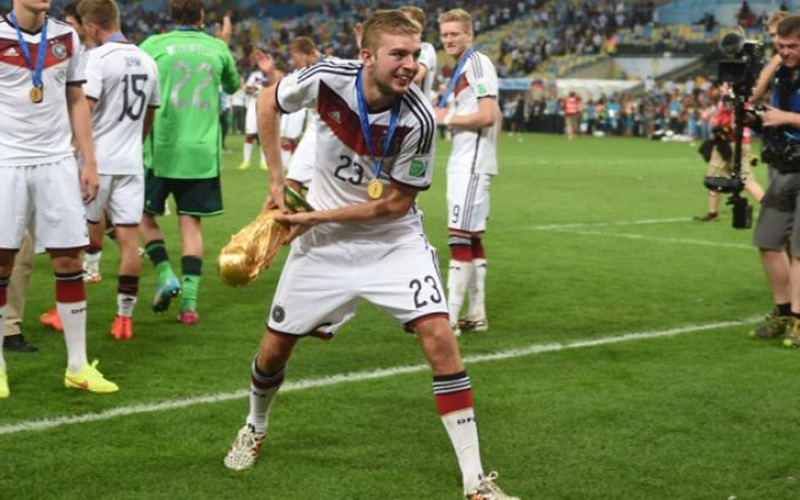 Transfert : Le champion du monde Kramer prolonge à Leverkusen