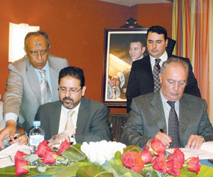Signature d'une Convention entre Atlas-blue et le CRT