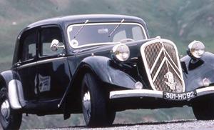 Collection des voitures classiques, une passion inégalée et envoûtante