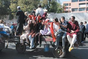 Reportage : Les Mellalis conservent les traditions du mariage
