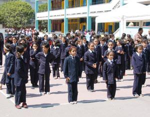 Fondation du Grand Ouarzazate : Don de 12.000 cartables à des élèves issus de familles démunies