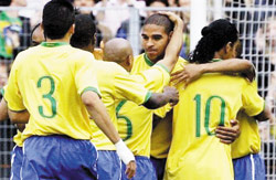 Mondial : le Brésil sûr de lui-même