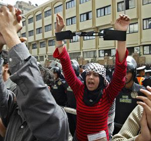 Egypte : La rue se réveille